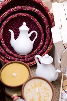 two ceramic teapot