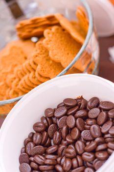 dark chocolate and cookies