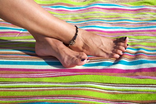 crossed feet
