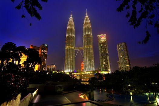 HDR photo of the twin towers in Kuala Lumpur