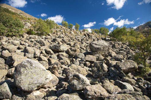 slope full of rocks