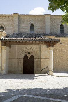 Church of San Miguel, Romanesque transition, thirteenth century.
