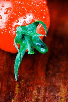 wet tomato