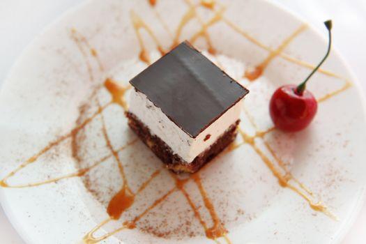 Sponge cake with cherry