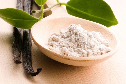 vanilla beans with aromatic sugar