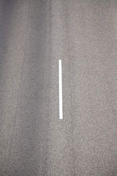 white line on asphalt