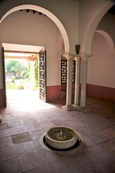 arab room with columns