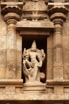 Bas reliefes in Hindu temple. Arulmigu Arunachaleswarar Temple.