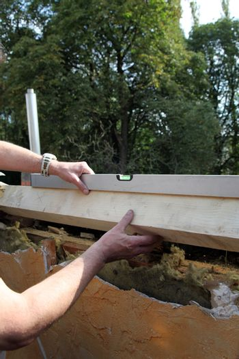 Orientation of a roof window installation at the