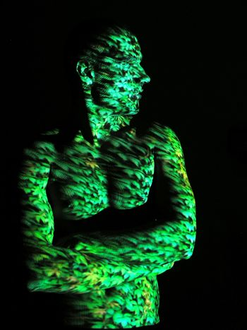 Projection of Leafs Texture on Human Body