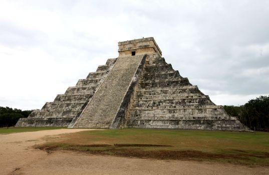 Mayan pyramid temple in Chitzen Itza Mexico