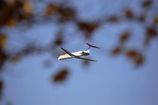 Jetliner leaving airport in Florida