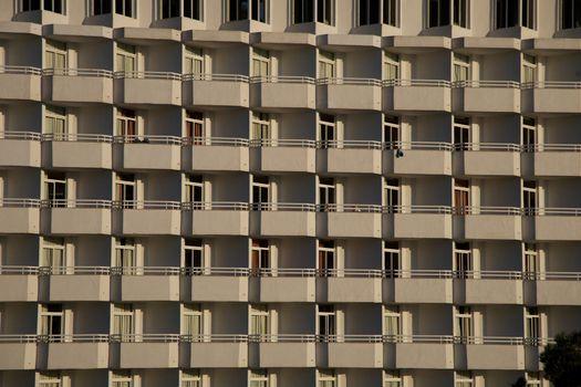 lots of balconies