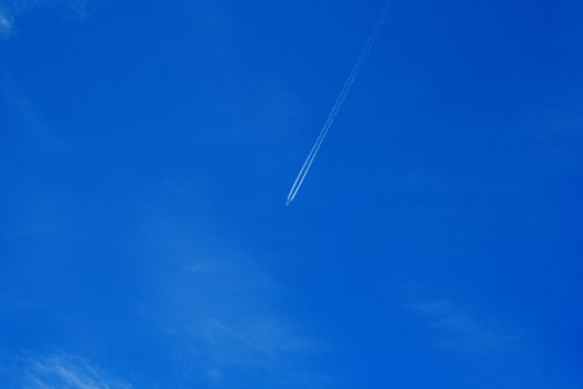 Foto of plane whitch flying in sky