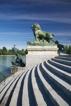 animal sculpture in Madrid