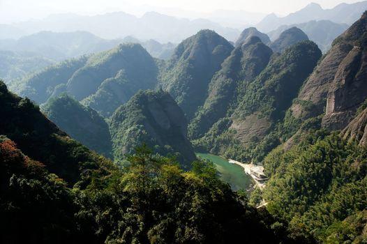 Imposing extraordinary mountains