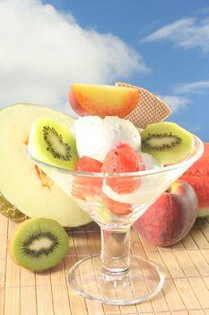 Fruit sundae