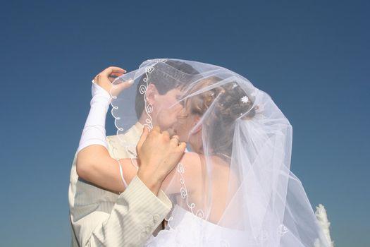 bride couple wedding kiss sky love married