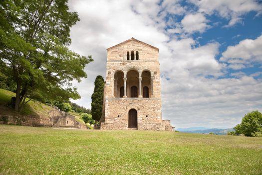 Santa Maria del Naranco front door