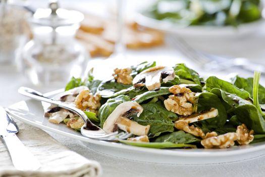 Spinach Salad Dish