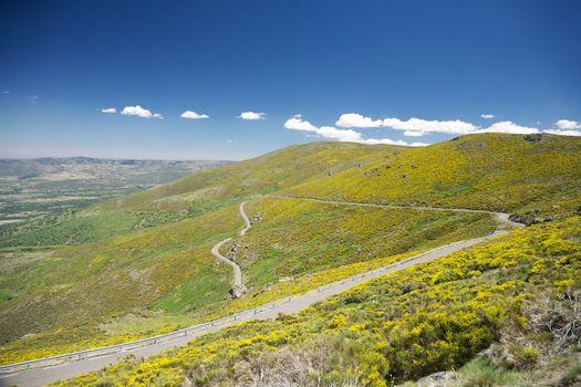 narrow rural roadway at Gredos