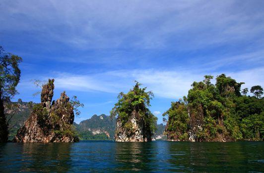 Thailand guilin lake at southern part of Thailand        Thailand guilin lake