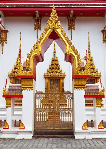 Gilded gates of an Buddhist temple