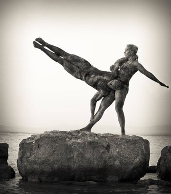 This is a duo of acrobats, with immense power and strength, this rocky texture was applied to create the effect of statue