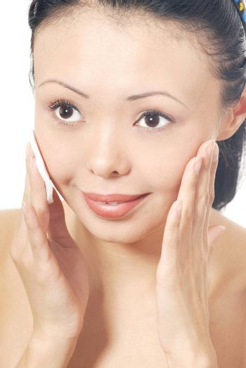Beauty photo of the woman with skin sponge