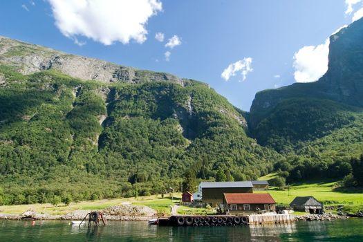 Mountain Fjord Farm