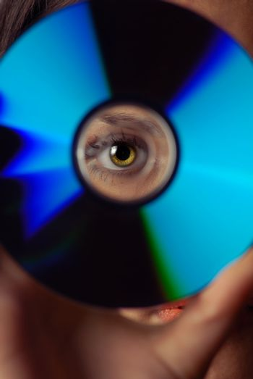 Eye and compact disk