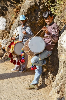 India street performers on Shiva Kodhi entertaining Hindu pilgrims on the path to Sheva Devi Temple