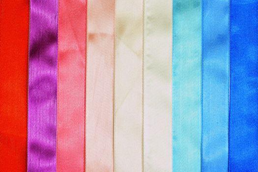 Multi-coloured tapes