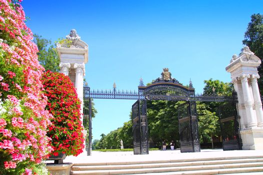 Madrid Puerta de Espana Buen Retiro Park door Madrid