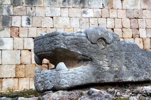 Chichen Itza serpent Mayan snake headl Mexico