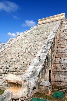 Kukulcan serpent El Castillo Mayan Chichen Itza