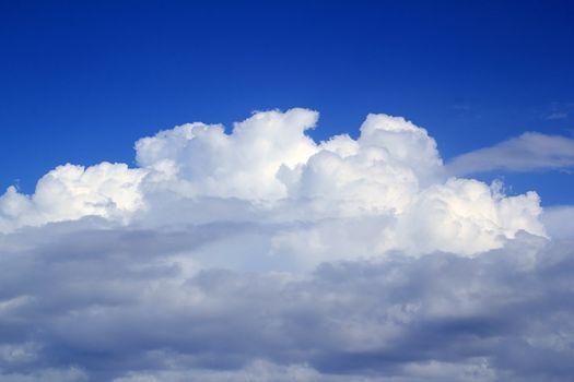 Cumulus clouds  sky under blue sky