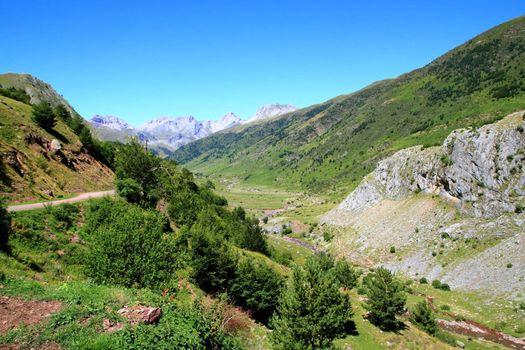 La Guarrinza Aiguestortes Pyrenees mountains