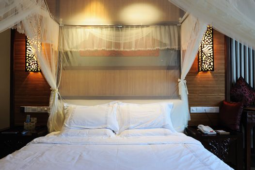 Nicely decorated Chinese traditional style bedroom