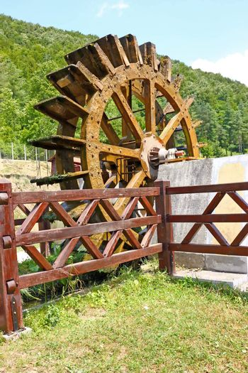 Wooden wheel of an old water mill