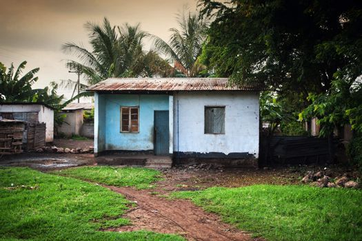 Poverty of Southern Kenya, bad condition houses