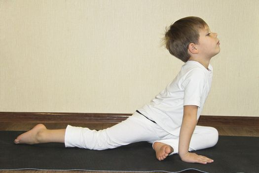 Baby yoga at home