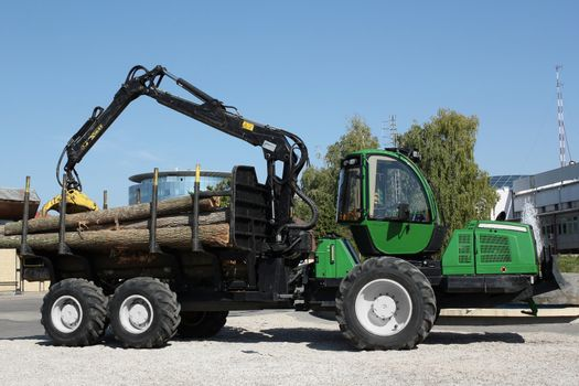 truck with log lumber industry