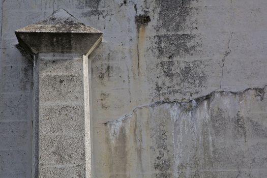 Pillar in a Wall