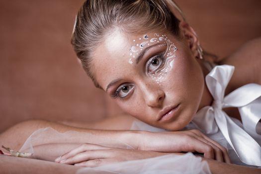 Delicate make-up