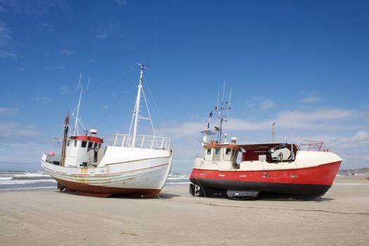 Worn boats