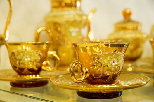Transparence gold hand-made tea-service