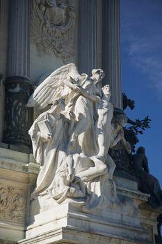 sculpture in Madrid public park