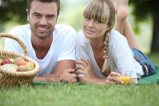 Couple's Sunday picnic