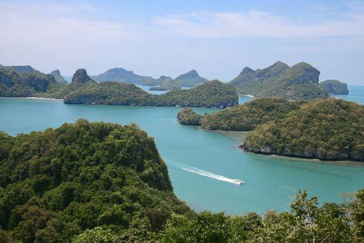 Tropical beach in Ang Thong National Park, Thailand